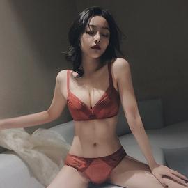 安娜蜜语防下垂上托文胸套装无痕小胸无钢圈女内衣聚拢收副乳胸罩图片