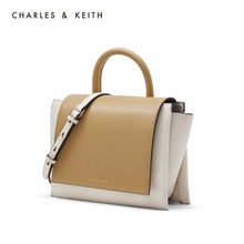 Charles & keith2019 new winter product ck2-50781042 simple fold portable one shoulder wing bag for women