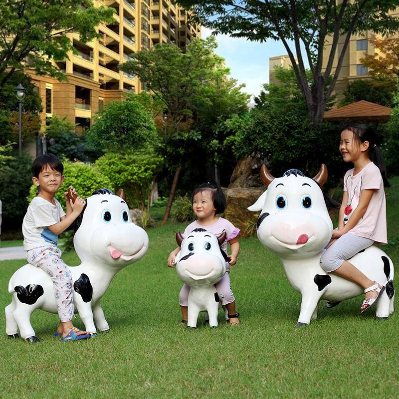 户外园林装饰动物景观小品草坪摆件幼儿园雕塑仿真玻璃钢卡通奶牛 Изображение 1