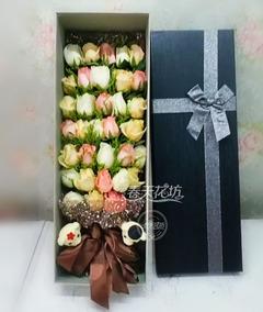 33朵混搭玫瑰礼盒太原鲜花同城速递生日礼物情人节母亲节丹东锦州