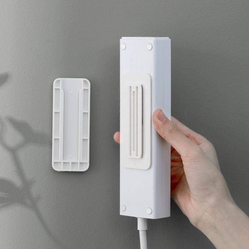 排插固定器墙面壁挂插座插线板免打孔插排收纳神器路由器挂墙上贴