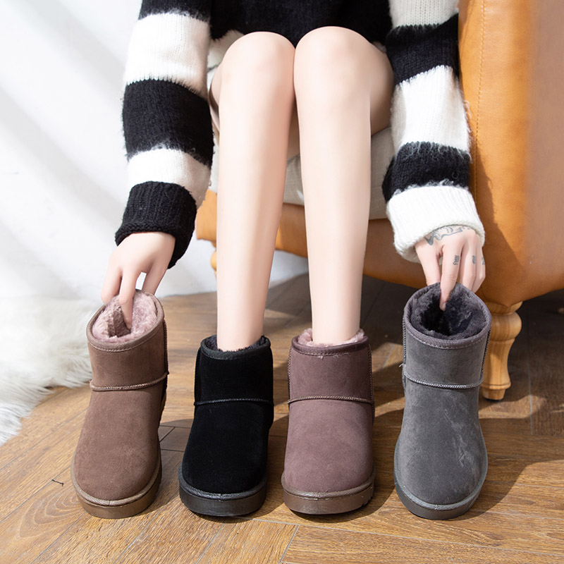 Womens shoes 2020 new snow boots womens autumn and winter versatile cotton shoes short tube with velvet explosion bread shoes fashion short boots