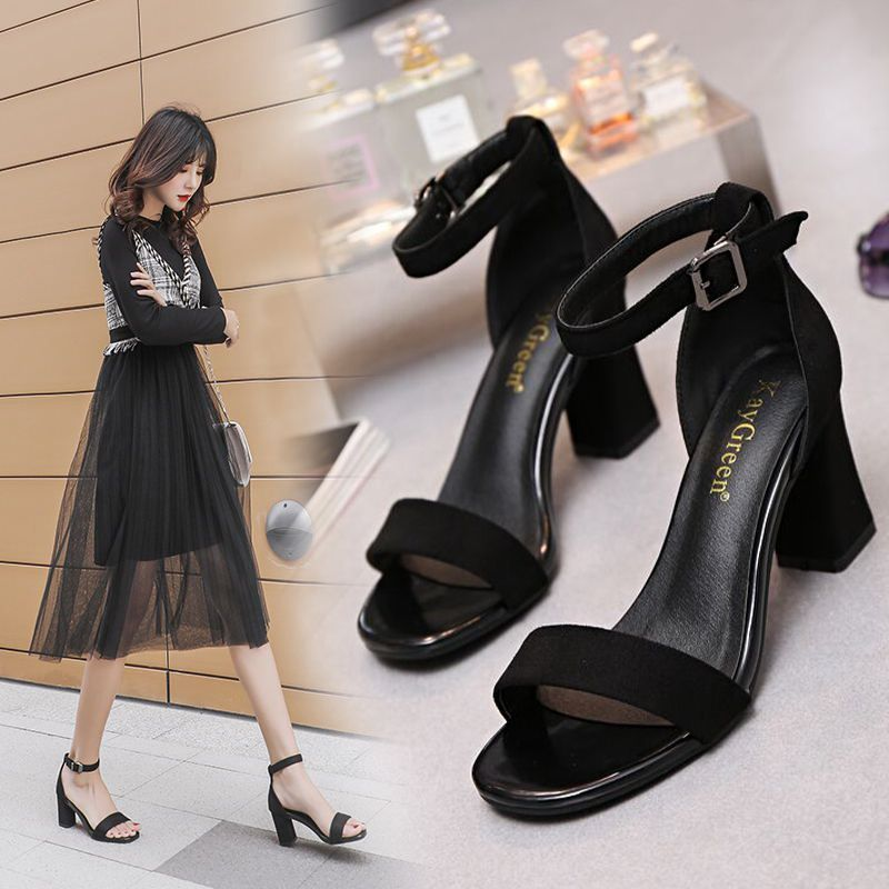 One line buckle sandals 2020 new summer fairy style versatile thick heel Roman womens shoes fashion high heels trend