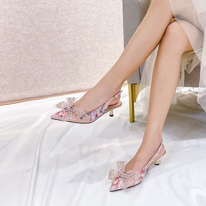 Pointed flower single shoes spring and autumn 2020 Baotou medium heel high heel shoes bow satin silk back empty sandals