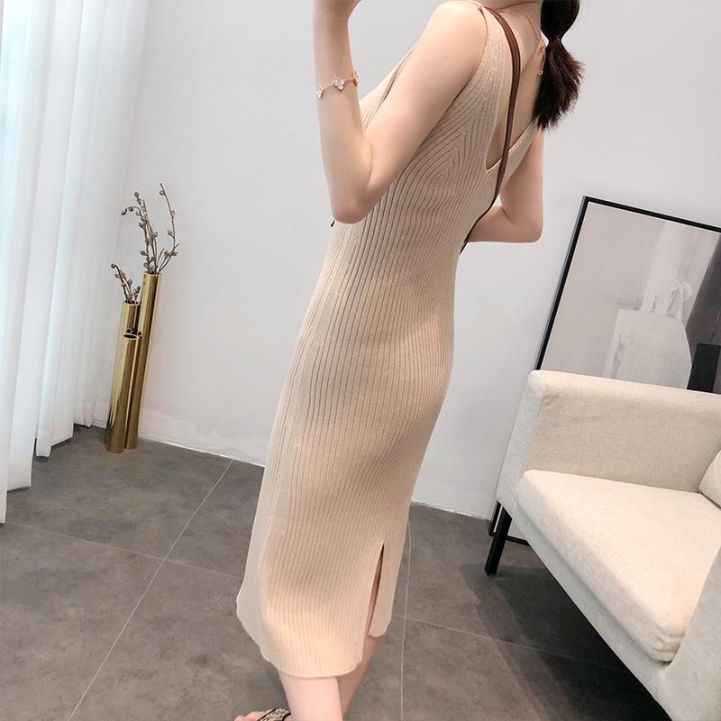 针织连衣裙女秋修身性感外穿中长款小众连衣裙内搭气质吊带背心裙