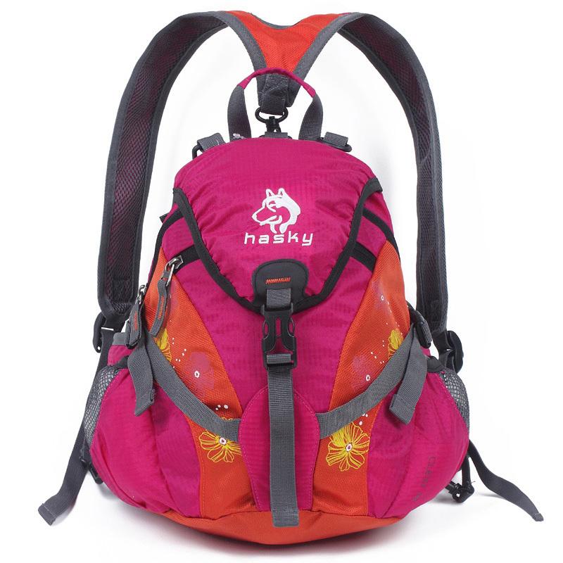 雪橇犬户外旅行背包三用小型登山包15L女士儿童双肩背包骑行背包