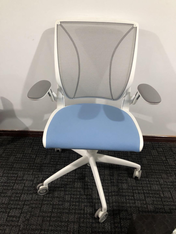 现货 Humanscale world 人体工学办公座椅 进口网面会议椅95成新