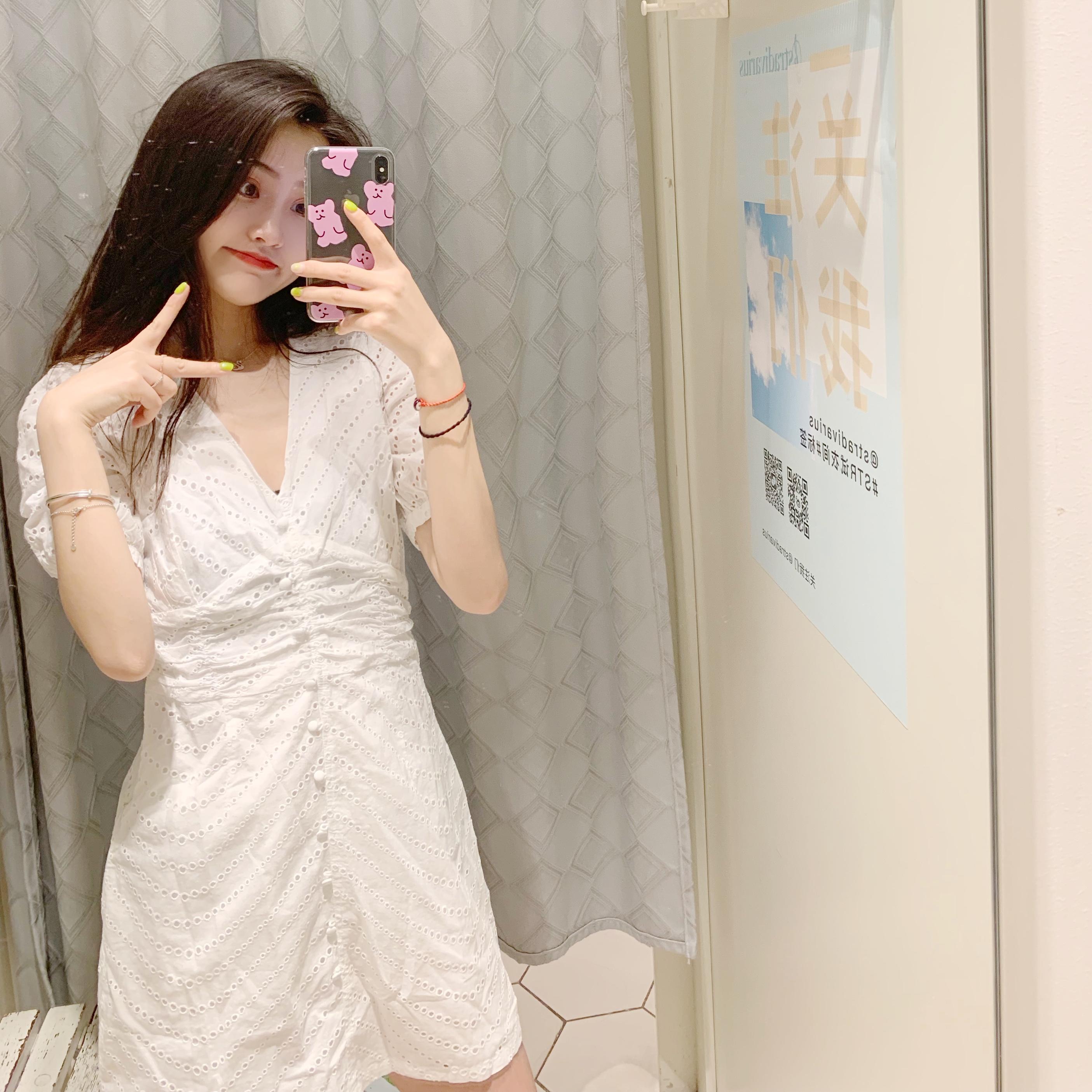 WMXZ 2019夏季新品女装气质微镂空V领连衣裙10-13新券