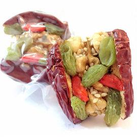 枣夹核桃葡萄干500g多种规格可选新疆和田大枣什锦红枣夹核桃仁图片
