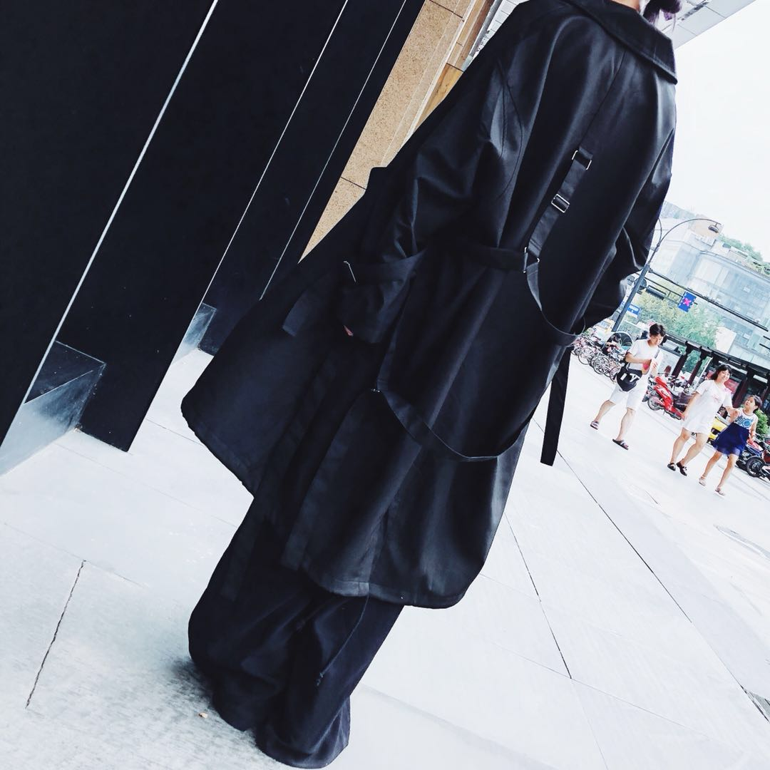2018秋山本暗黑风中国质感风衣简约长袖纯色长款外套女
