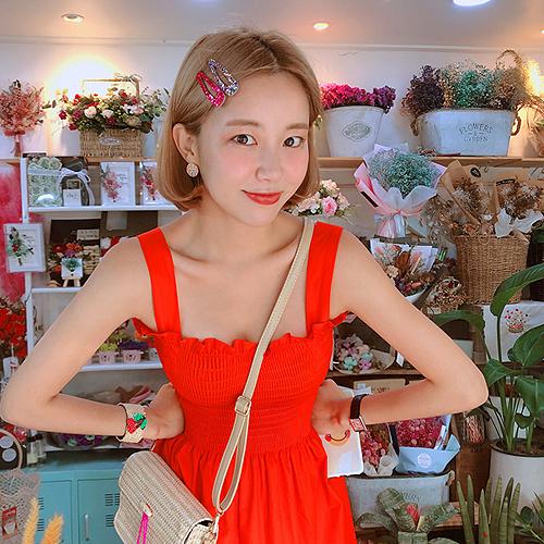 Jewelry, bracelets, beads, cherry woven straw bracelets, bracelets, summer vacation Korean Edition