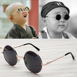 儿童太阳眼镜装饰2-3街拍孩子变色小男孩旅游韩潮潮女ins潮牌男宝图片