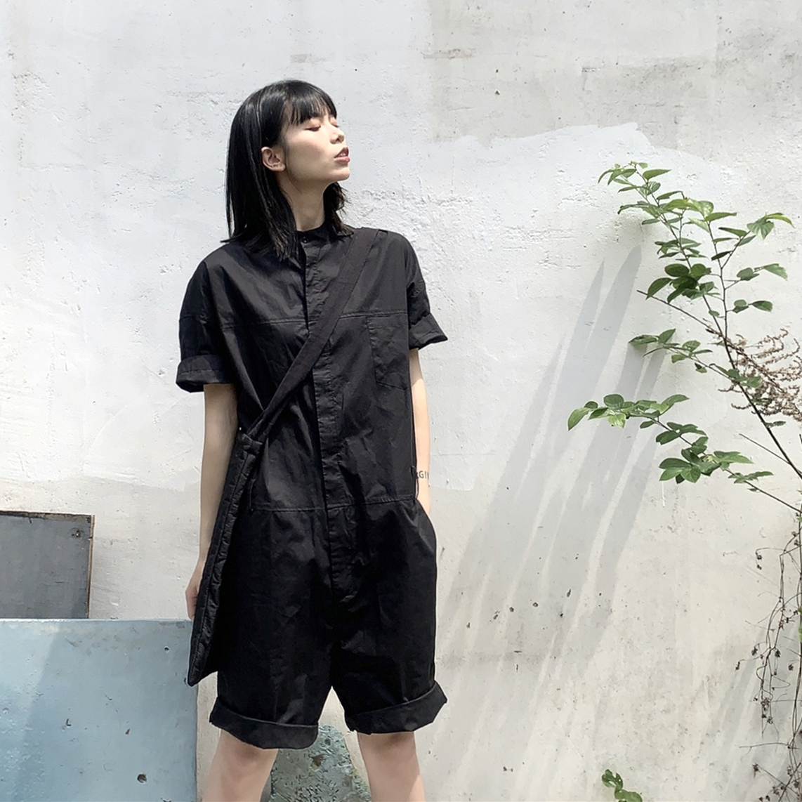 Black work wear shorts men and women lovers new summer five point Jumpsuit thin loose Japanese