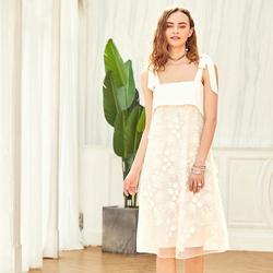 Artka阿卡2018夏季新品白色时尚重工系带吊带蕾丝连衣裙LA10680X
