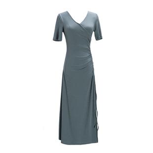 島歌夫人 黑色修身顯瘦高腰收腰打底長裙氣質V領針織連衣裙女秋冬