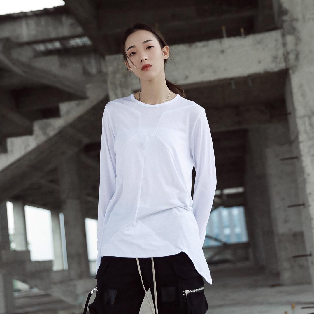 SIMPLE BLACK 暗黑设计感拼接燕尾造型长袖打底T恤