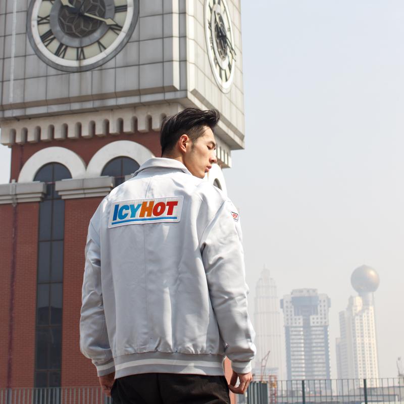 Ichot silver jacket Satin armband hip hop national trend sports retro loose mens and womens Lapel coat