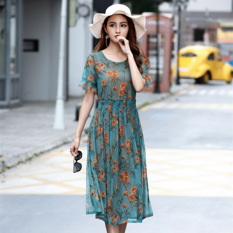 Tada Yixiu mid length dress over the knee womens wear small flower covering meat showing thin elastic mature womens summer new product large size