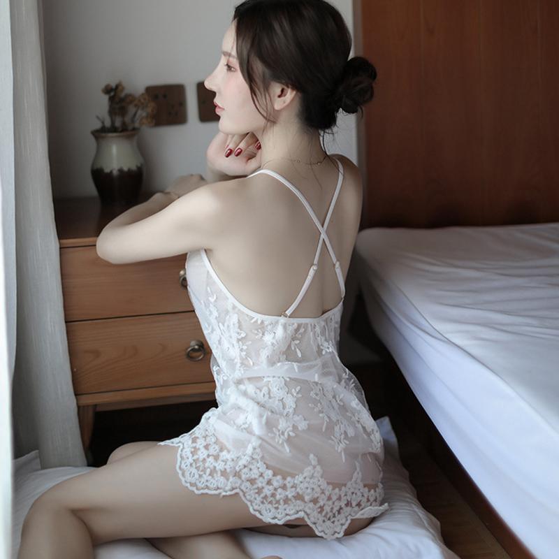 情趣服装女透明极度诱惑小胸性感内衣复古风火辣成人骚肚兜式睡衣