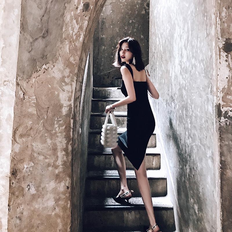 【小Q家】韩版黑色修身显瘦年会宴会晚礼服女2018新款吊带包臀裙