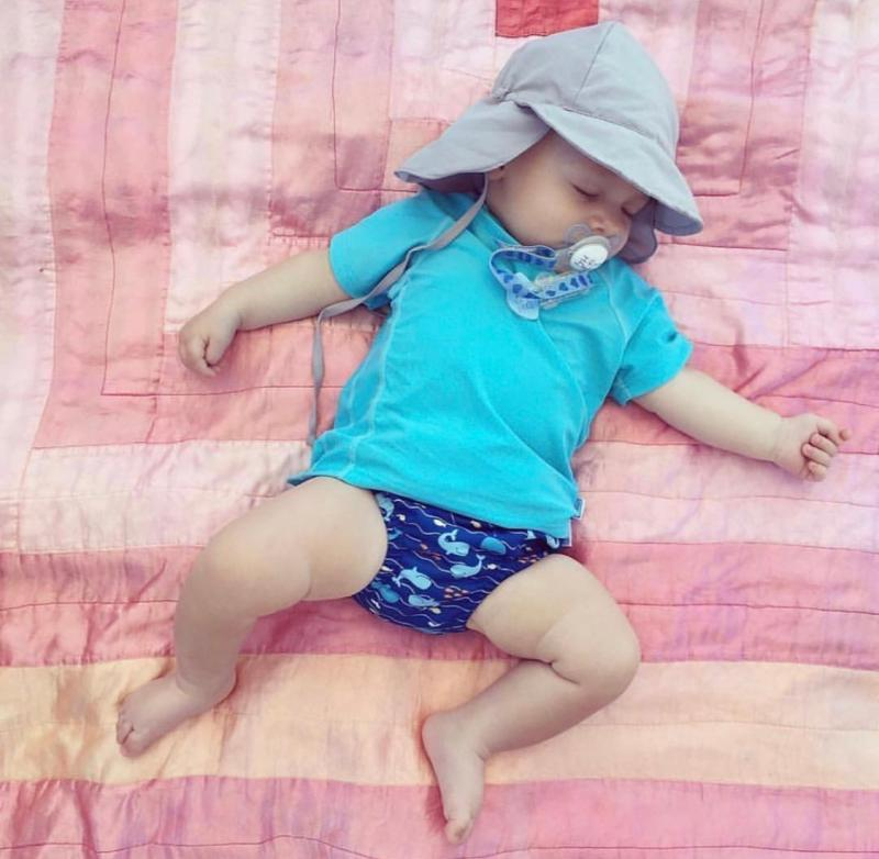 New spot I play boys and girls childrens baby half sleeve T-shirt sunscreen clothes quick drying clothes beach clothes swimsuit