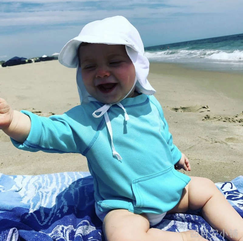 New spot I play boys and girls childrens baby long sleeved sunscreen clothes beach clothes quick drying clothes swimsuit