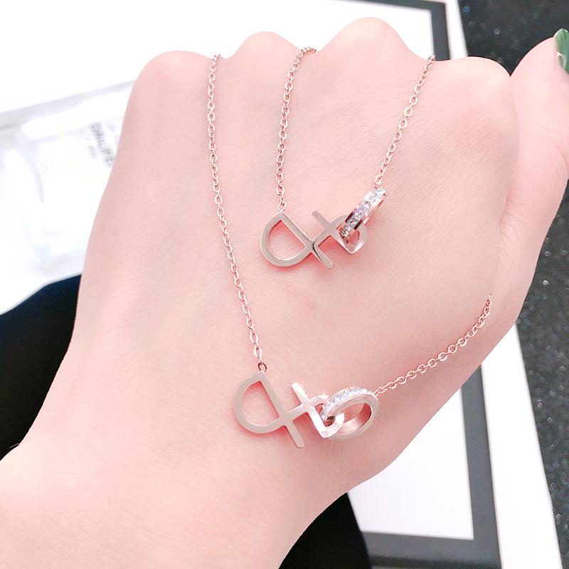 韩版简约时尚钛钢微镶钻音符造型吊坠项链流行学生礼物玫瑰金饰品