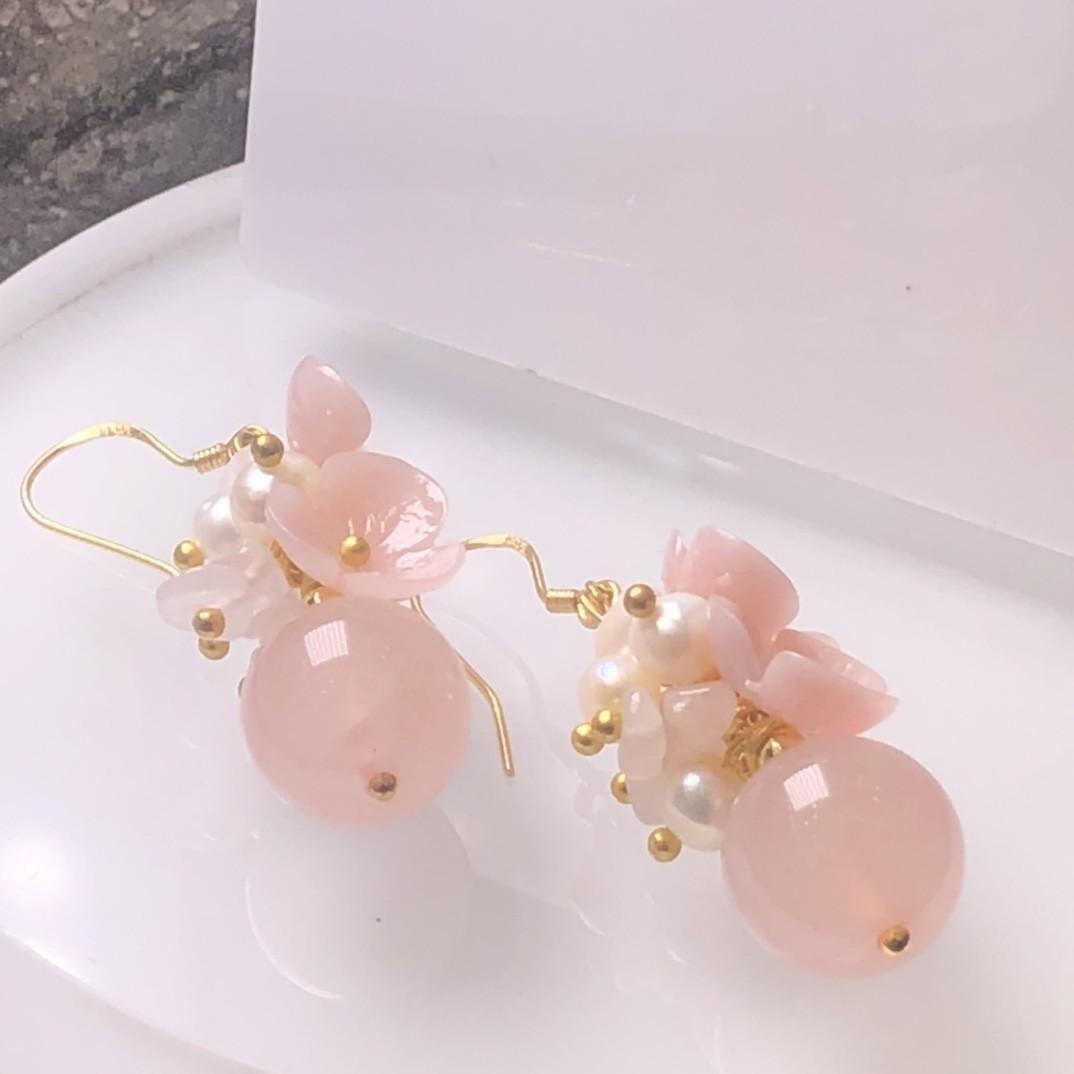 新品原石天芙蓉石粉水晶耳环耳坠耳饰天然珍珠贝壳花点缀纯手工造