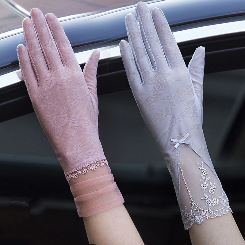 Anti ultraviolet gloves womens touch screen thin driving lace summer breathable anti slip short temperament socks practice car sunscreen artifact