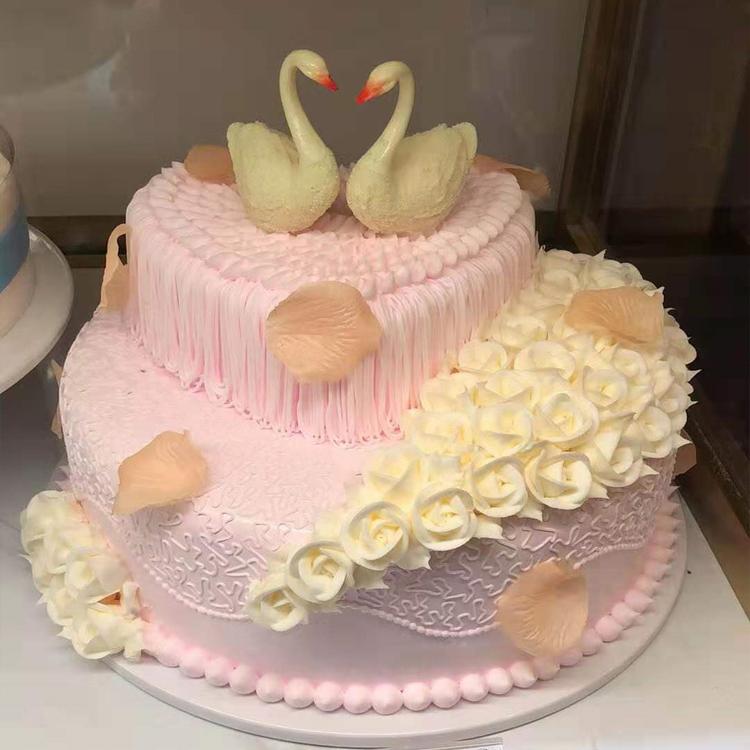 好利来蛋糕同城配送 张家口宣化区专款蛋糕(依偎)双层奶油蛋糕