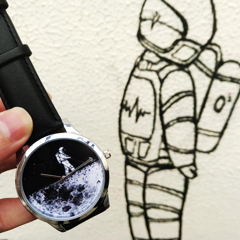 Lonely Astronaut 宇航员手表-宇宙 月球 星空  中性设计 石英表