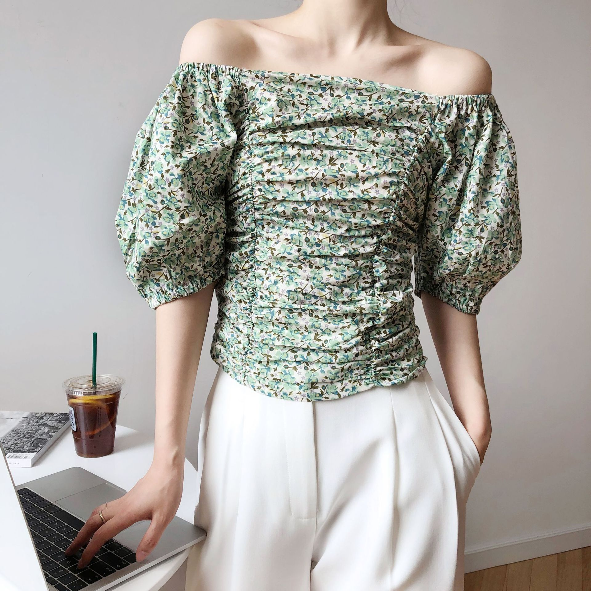 Luxi one line collar floral shirt womens summer design small French short pleated bubble sleeve top 216
