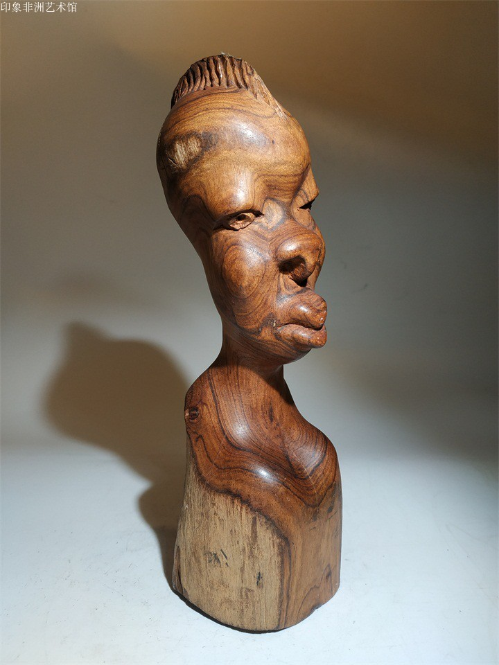 New products Limited African woodcarving ornaments Sandalwood Hand carving wise thinker Mozambican home club