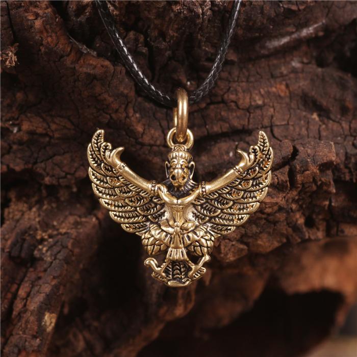 尼泊尔西藏饰品黄铜大鹏金翅鸟佛像辟邪个性项链吊坠护身符助事业