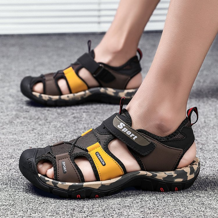 Summer Youth Boys sandals Baotou sports leisure outdoor antiskid junior high school students beach shoes mens shoes