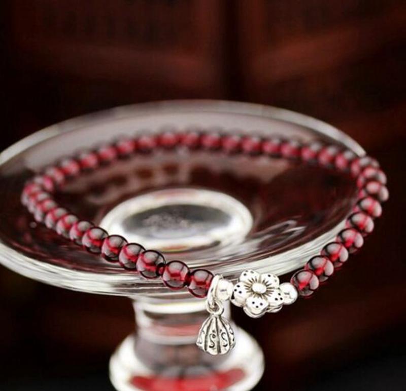 天然酒红石榴石手链女单圈正品手串装饰配件925纯银7a级小珠子