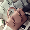 【Daily Specials】European and American fashion retro candy colored embossed leather handbag shoulder messenger bag commuter bag tide
