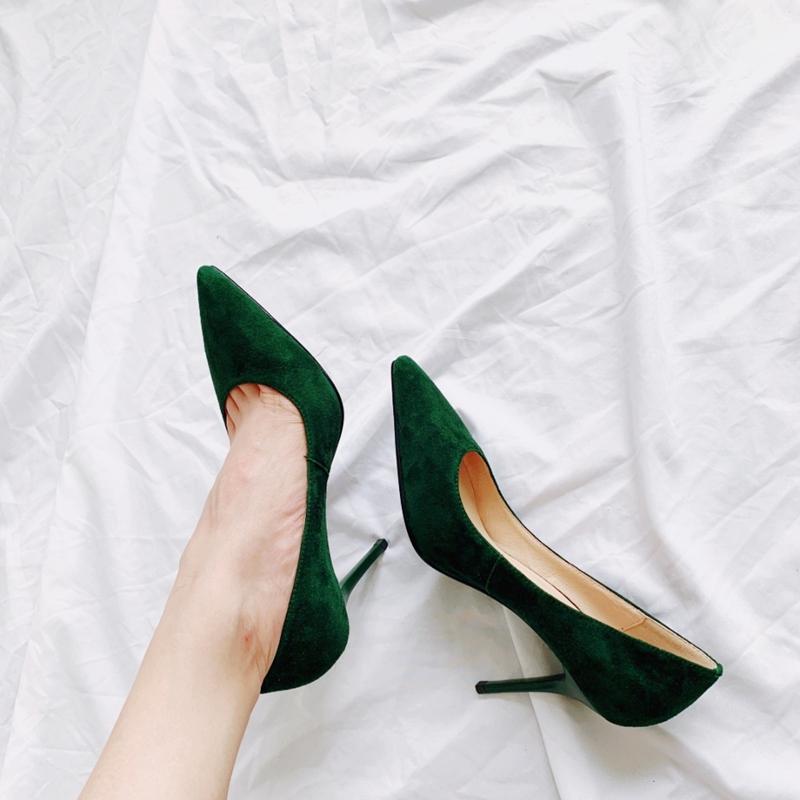 基础款真皮纯色尖头细跟高跟鞋婚鞋满200元可用5元优惠券