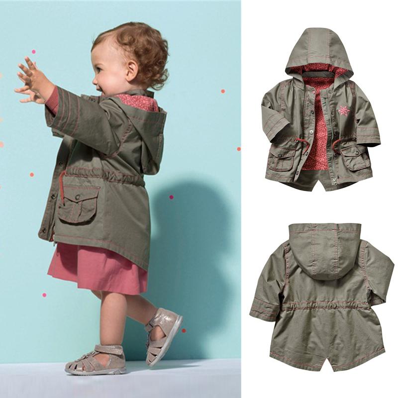 外国貿易子供服男女子供服春秋新のニットコート、カーディガンのファスナーの上着