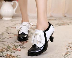 日系lolita可爱甜美系丝带桌脚圆头拼色复古洛丽塔高跟深口女单鞋