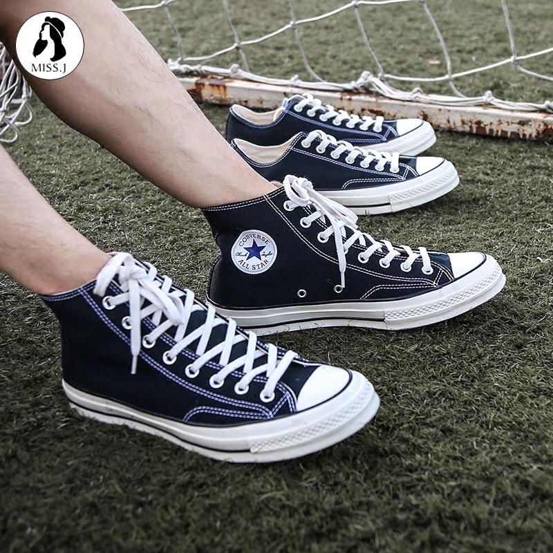 匡威帆布鞋
