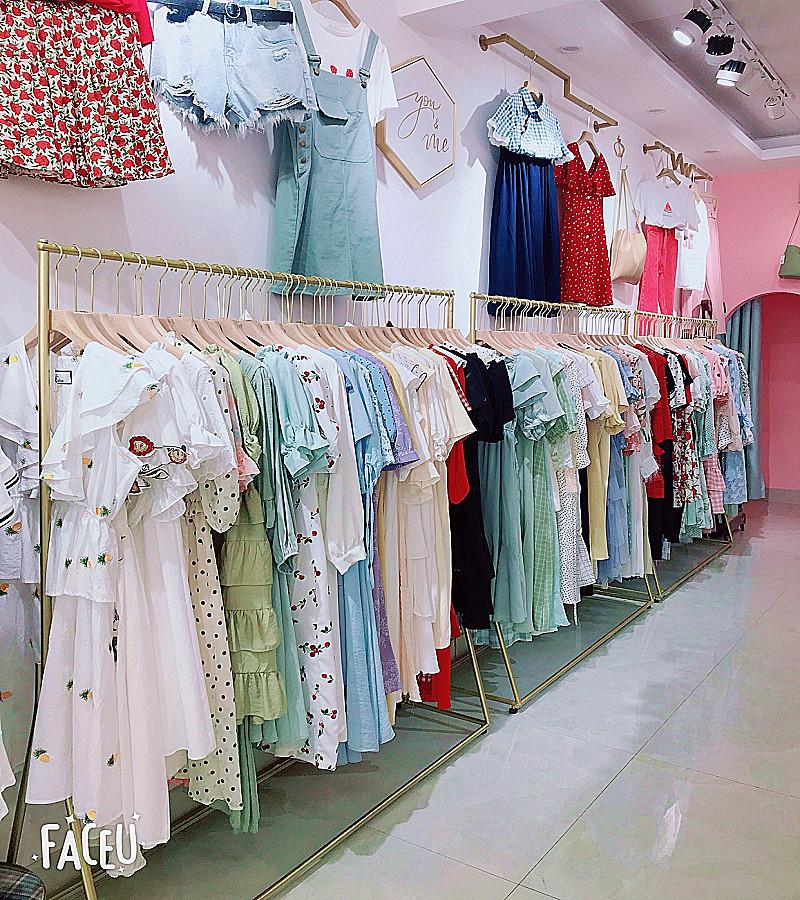 11月29日最新优惠服装店落地式金色中岛架简约货架