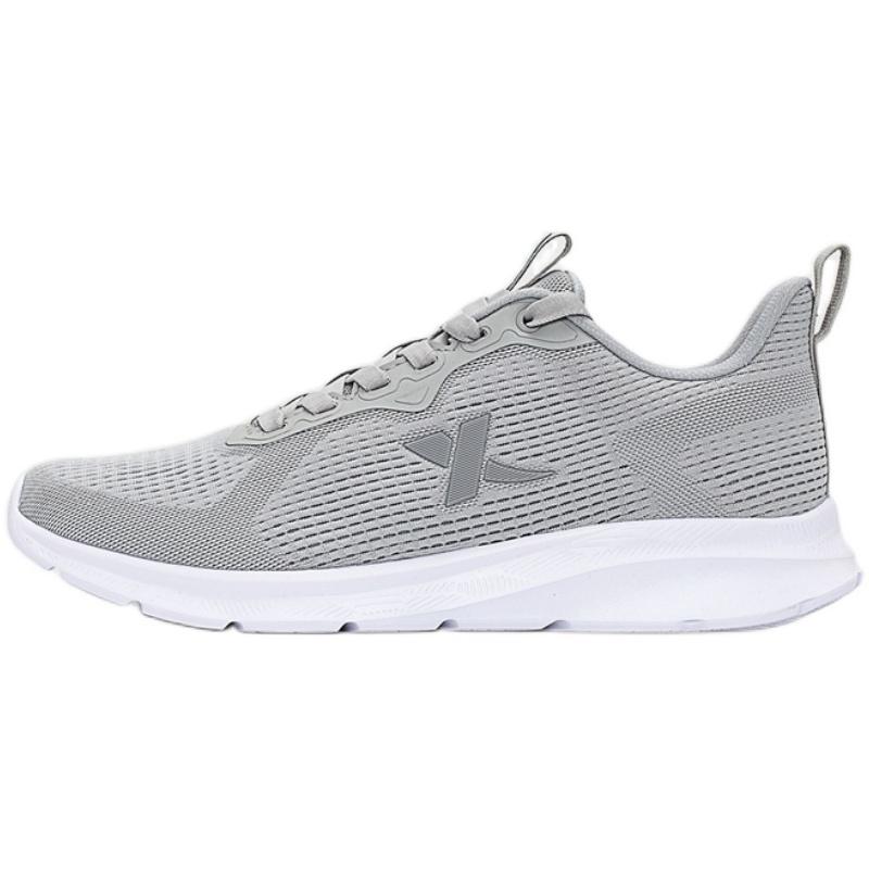 特步2021春季新款男跑步鞋网面男鞋质量好不好