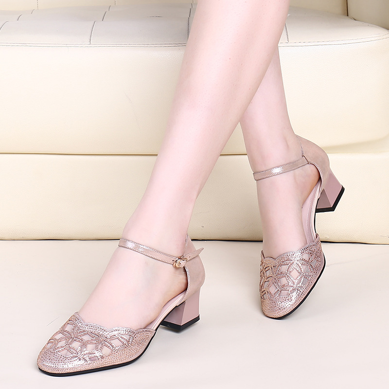 Leather Mid Heel Sandals spring and summer 2020 new Baotou womens shoes 33 round head thick heel diamond mesh hollow single shoes