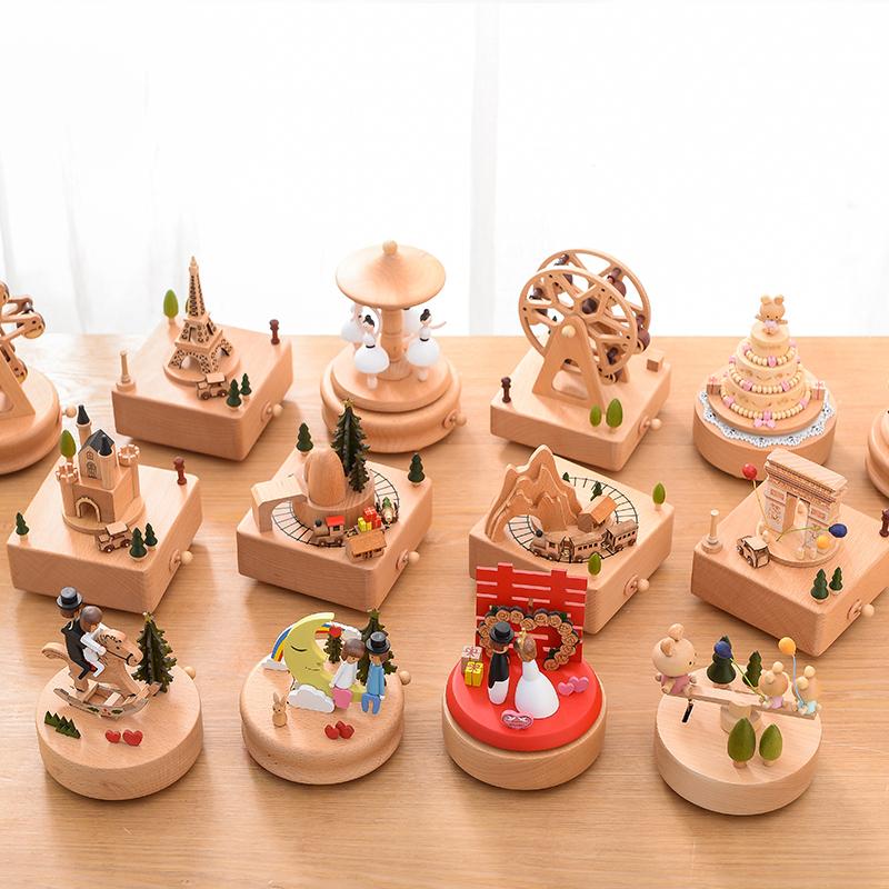 音乐盒旋转木马八音盒木质天空之城定制女生生日礼物女孩手工创意不包邮