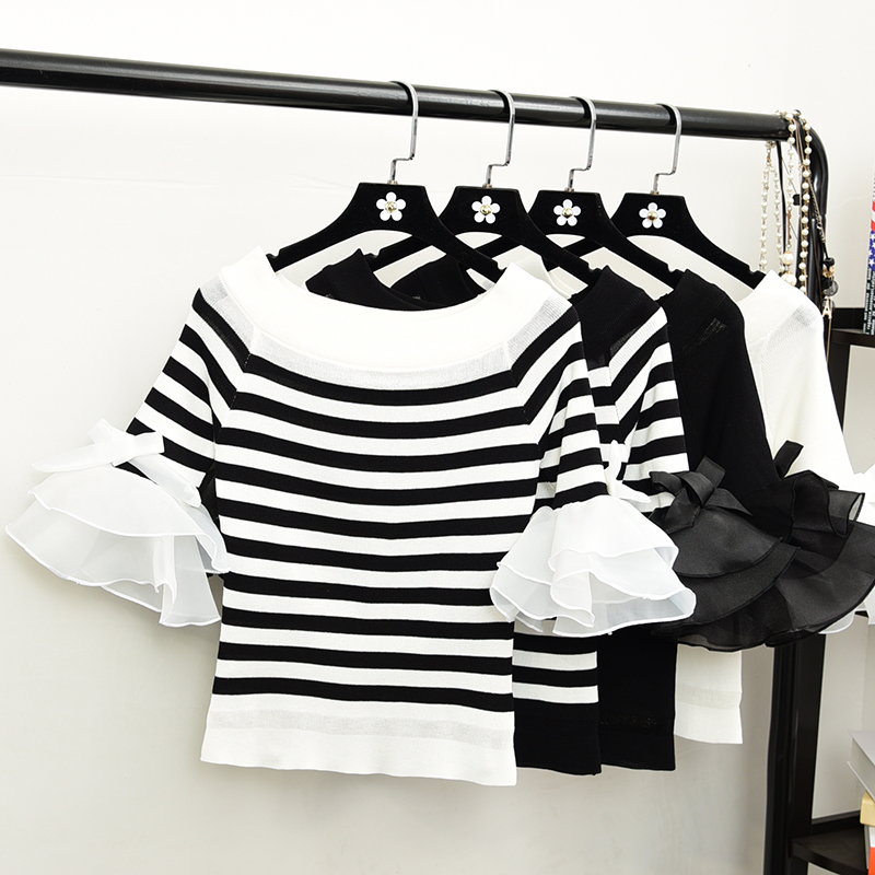 2021 spring / summer short cut out top one neck off shoulder lace stitching Ruffle flared Sleeve Striped T-shirt