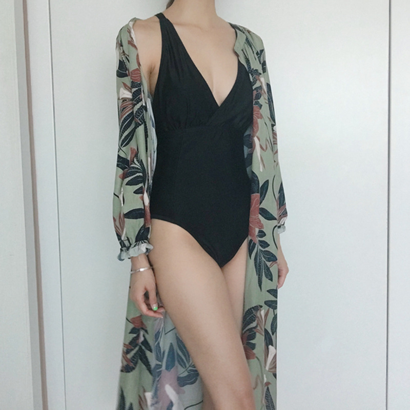 Seaside holiday beach coat shawl cardigan Lantern Sleeve printed lace up swimsuit with blouse long sunscreen