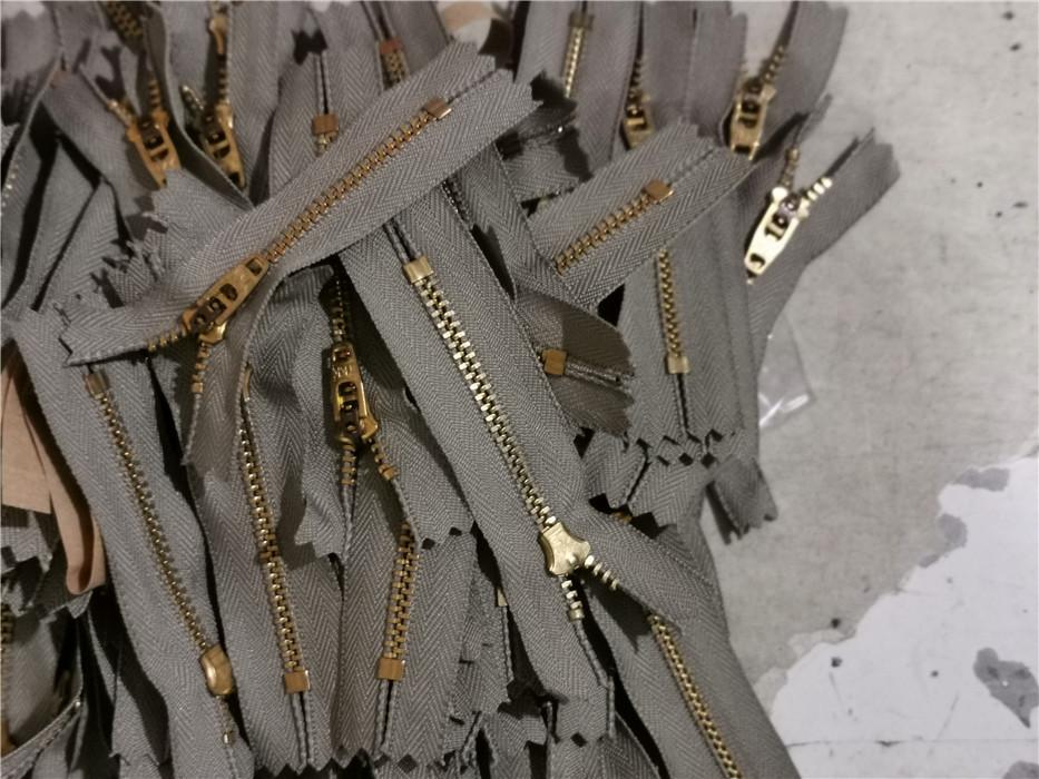 Zipper - special shot in studio