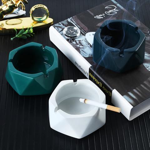 陶瓷烟灰缸带盖创意个性时尚办公室防飞灰大小号客厅家用欧式潮流