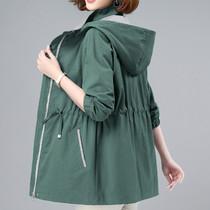 中老年女装薄款外套2021年中长新款春秋大码上衣中年妈妈短款风衣
